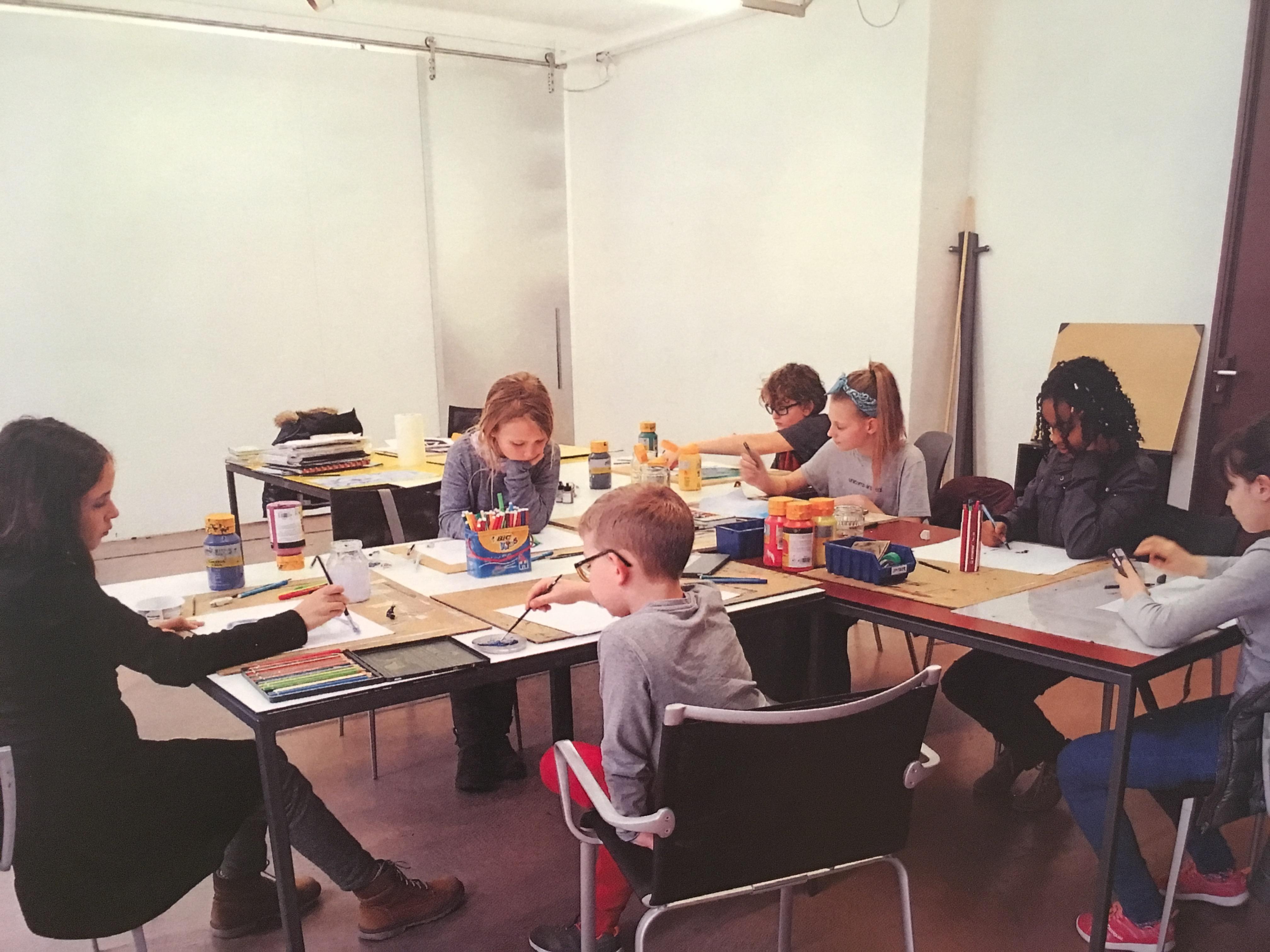 Arbeit in der Zeichenfabrik